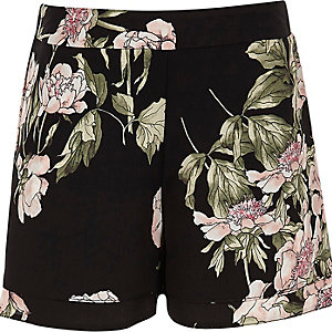 Girls black floral double layer shorts