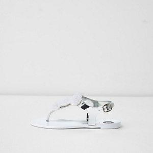 Sandales en plastique blanches et argentées à fleurs pour fille