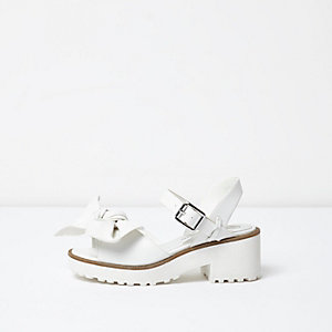 Girls white bow front sandals