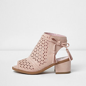 Girls pink laser cut block heel shoes