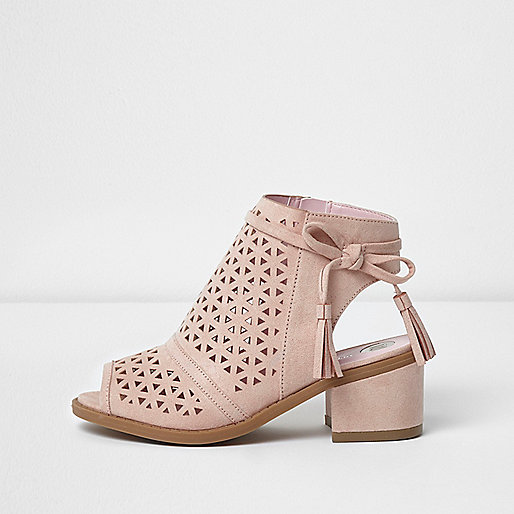 Girls pink laser cut block heel shoes