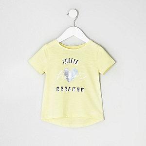 Gelbes T-Shirt mit Häkelsaum im Multipack