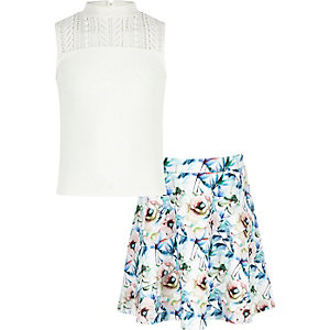 Girls white top and floral print skirt outfit