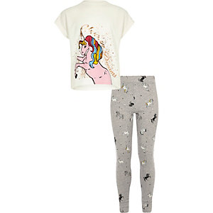 Girls white unicorn print T-shirt pajama set