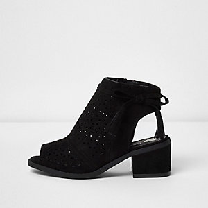 Girls black laser cut block heel shoes