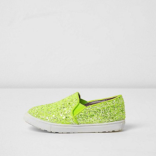 Mini girls lime green glitter plimsolls