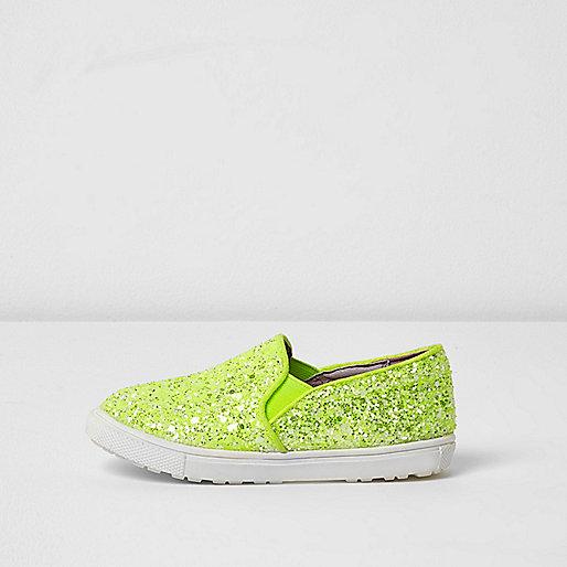Mini girls lime green glitter plimsolls
