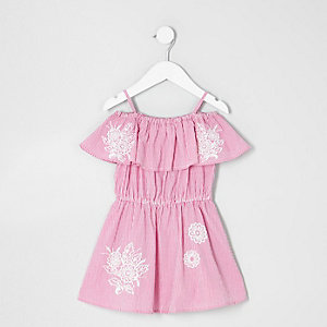 Pinkes, gestreiftes Bardot-Kleid