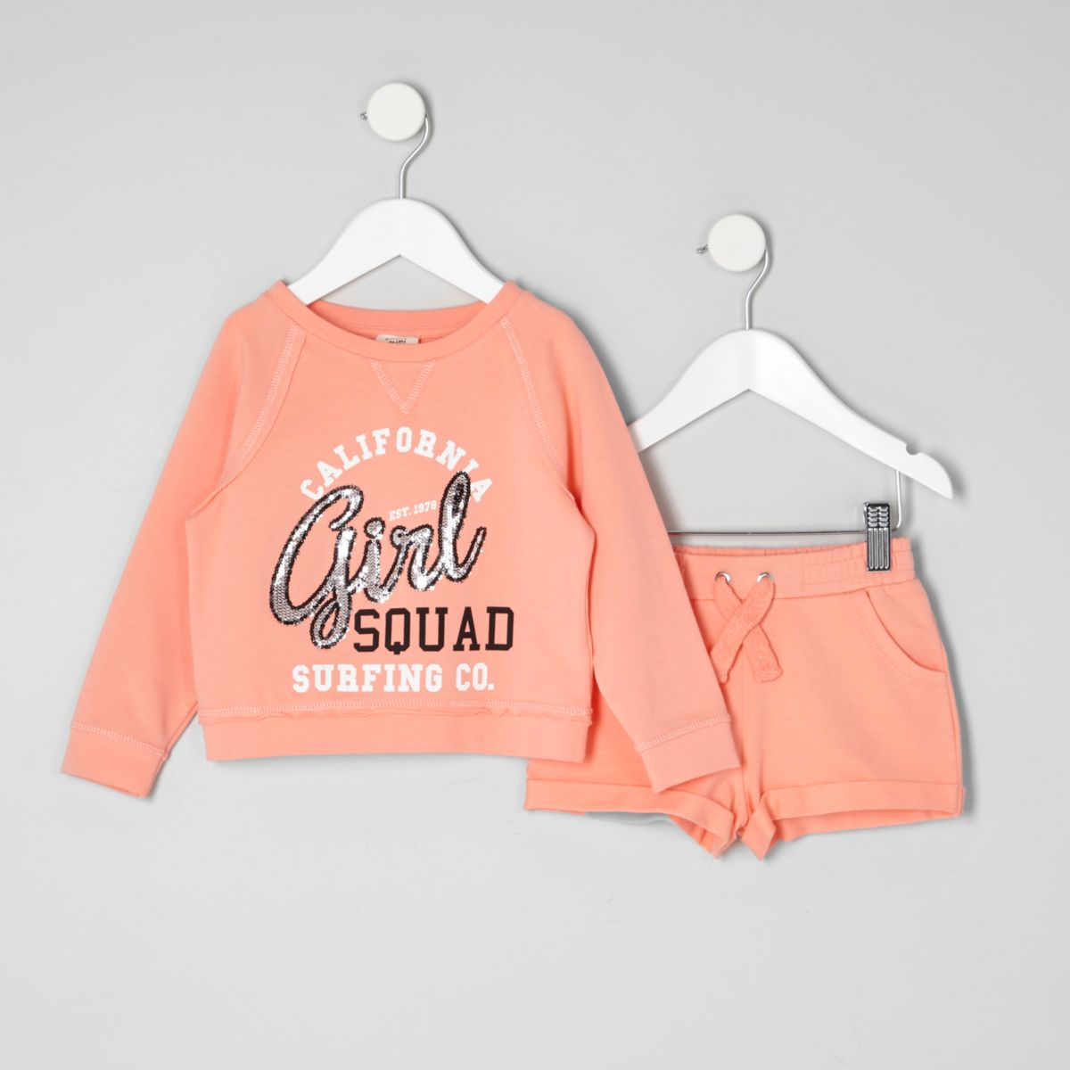 Mini girls coral print sweatshirt outfit