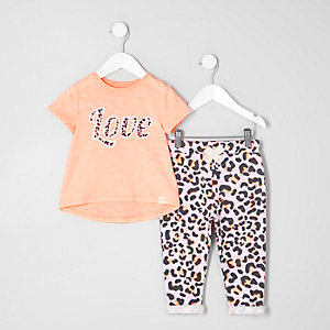 Mini girls coral print T-shirt outfit