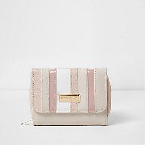 Roze portemonnee met gestreept paneel voor meisjes