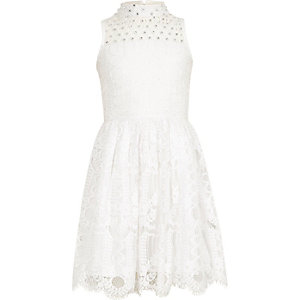 Girls cream lace sleeveless prom dress