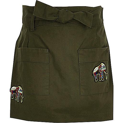 Girls khaki green elephant badge skort