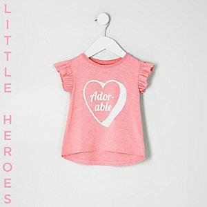 T-shirt imprimé rouge avec manches à volants pour mini fille