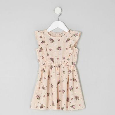 Mini Roze jurk met ruches en bloemetjesprint voor meisjes