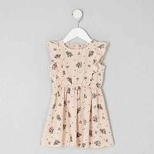 Mini - Roze jurk met ruches en bloemetjesprint voor meisjes