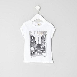 """Weißes, bedrucktes T-Shirt """"Je t'adore"""""""