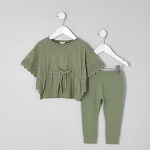 Mini girls khaki poncho and leggings outfit