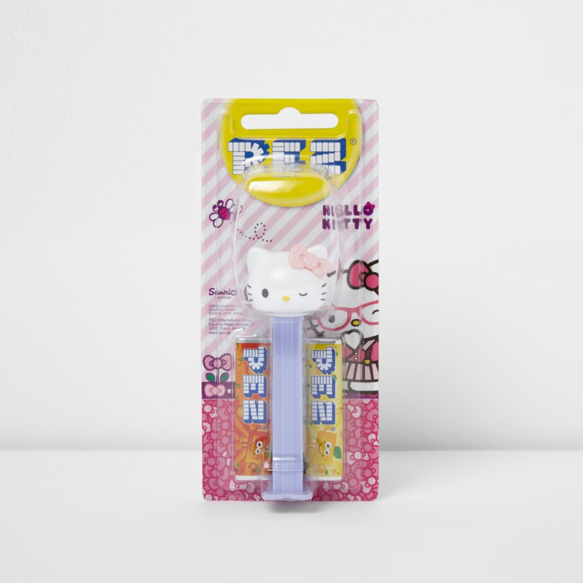 Girls Hello Kitty Pez dispenser