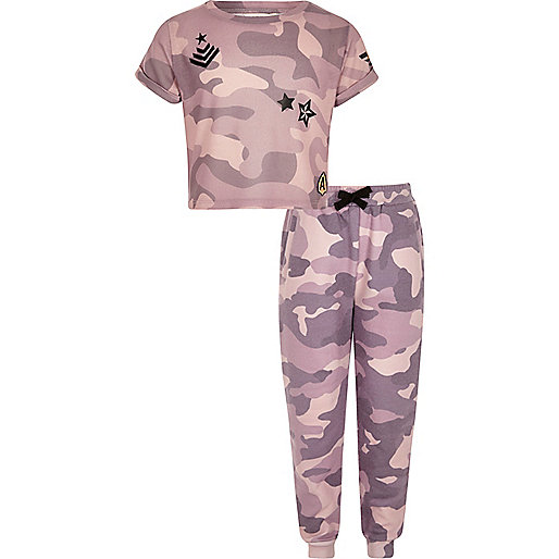 Girls pink camo T-shirt and joggers outfit