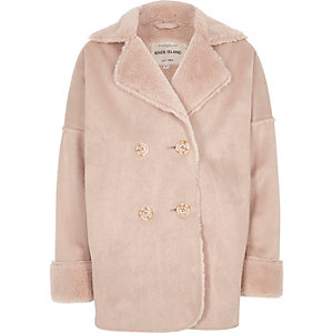 Roze jas met imitatieschapevacht voor meisjes