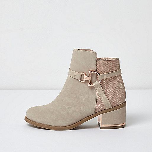 Girls pink snake block heel snaffle boots