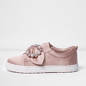 Girls pink satin embellished brooch plimsolls