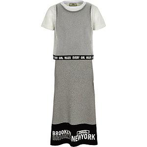 Robe longue noire avec superposition style T-shirt en mesh grise fille