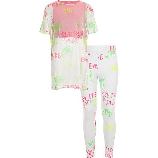 Girls pink mesh graffiti print T-shirt outfit
