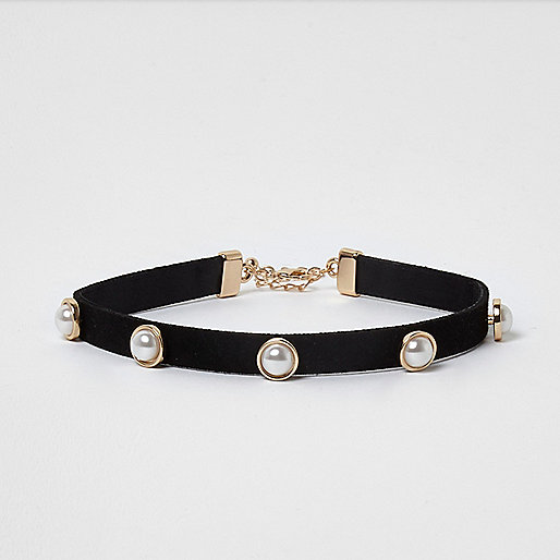 Girls black gold tone faux pearl choker