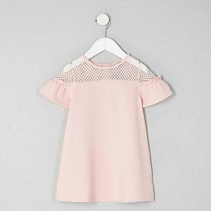 Mini - Roze kanten jurk met ruches op de mouwen voor meisjes