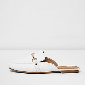 Girls white snaffle backless loafers