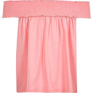 Roze gesmokte swingtop met bardothalslijn voor meisjes