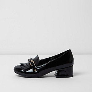 Girls black patent chain block heel loafers