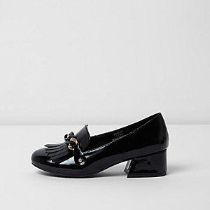 Zwarte lakleren loafers met blokhak en ketting voor meisjes