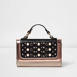 Tasche in Schwarz-Metallic mit Perlen und Nieten