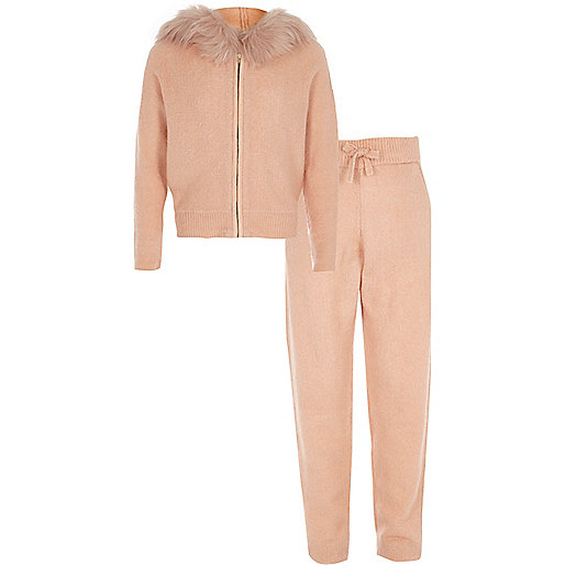 Girls pink faux fur knitted jogger outfit