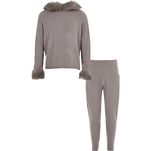 Girls grey fur trim knitted jogger outfit