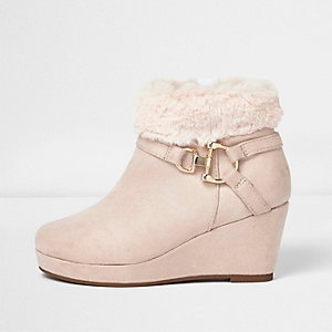 Girls pink fur top wedged ankle boot