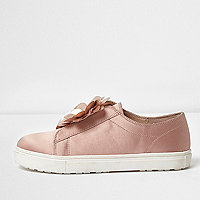Girls pink 3D flower slip on plimsolls