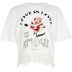 Girls white 'amour' print lace hem T-shirt