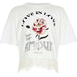 "T-Shirt mit Spitzensaum mit ""Amour""-Print"