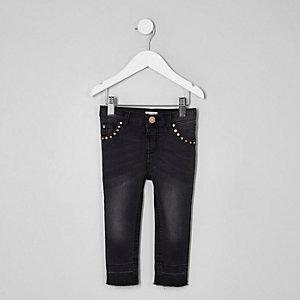 Amelie – Schwarze, nietenverzierte Skinny Jeans
