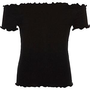 Top Bardot noir avec bordure foncée et volantée