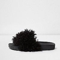 Nu-pieds en fausse fourrure noirs pour fille