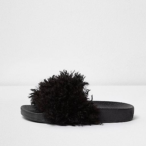 Girls black faux fur sliders
