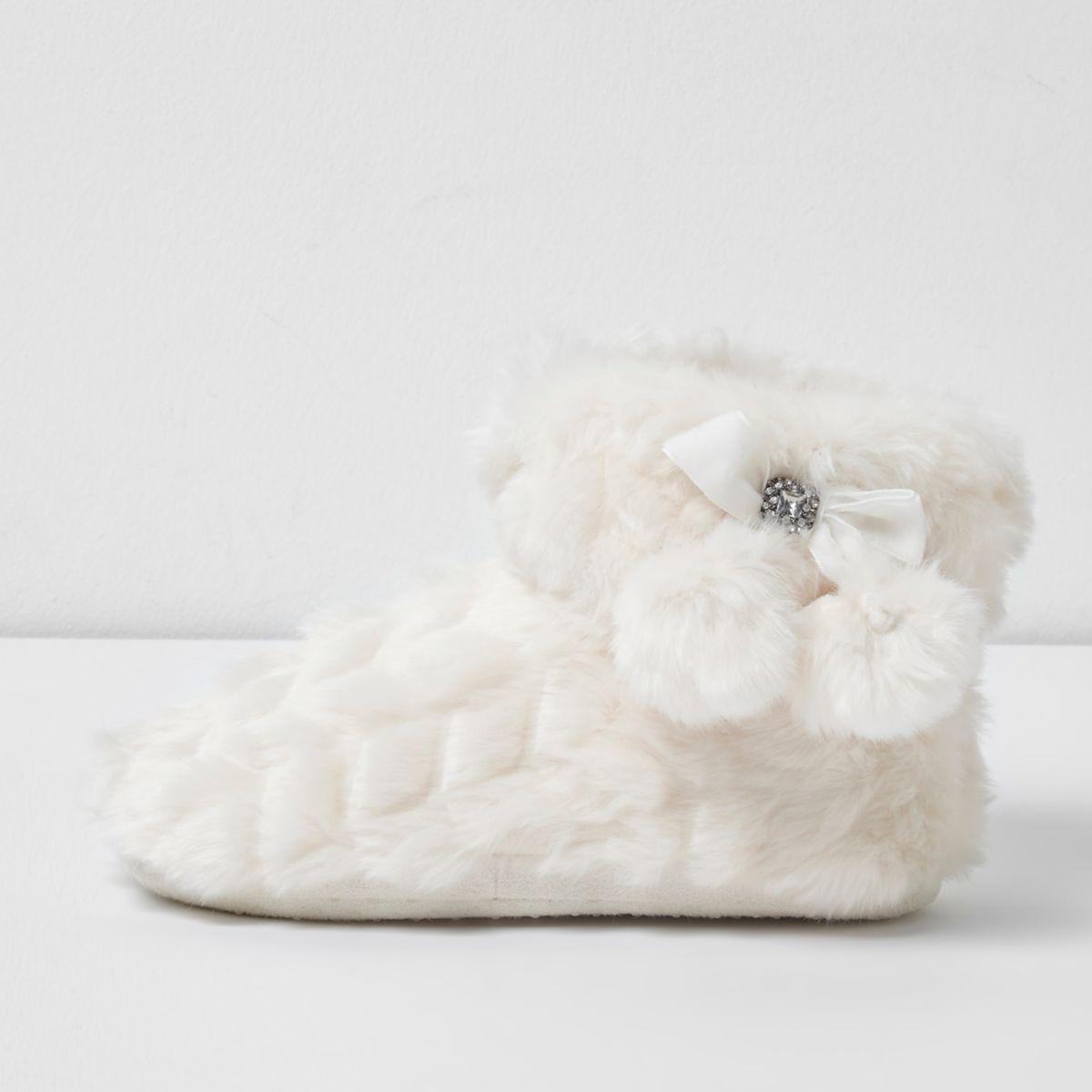 Girls cream fluffy pom pom bootie slippers