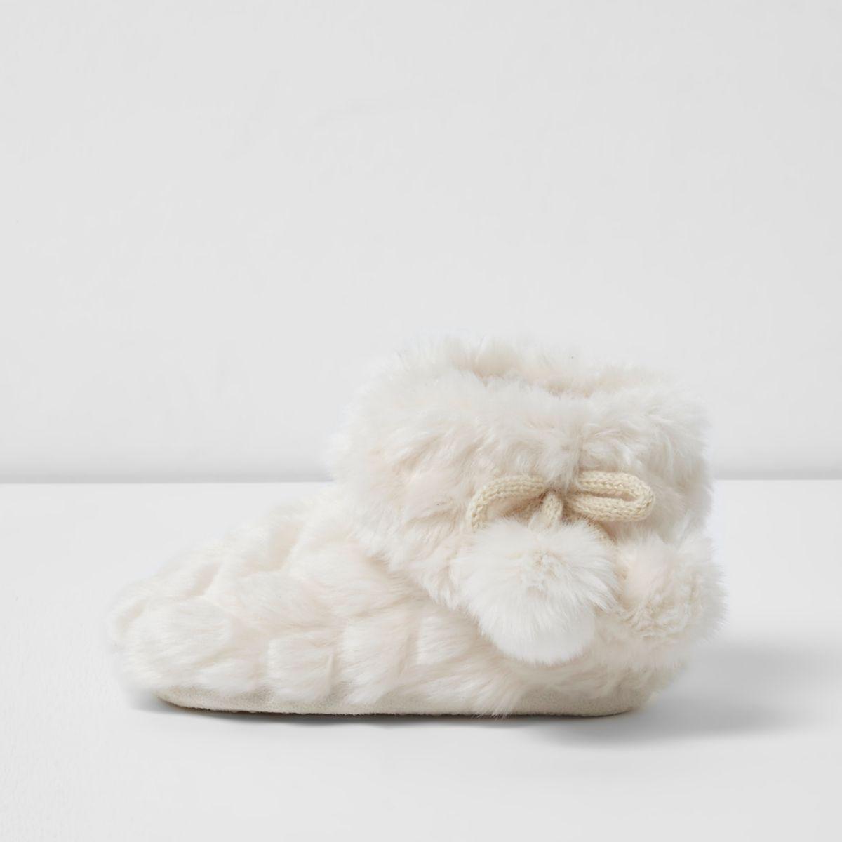 Mini girls cream fluffy bootie slippers