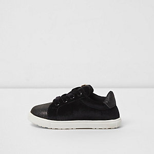 Mini girls black velvet lace-up plimsolls