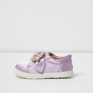 Mini girls lilac satin embellished plimsolls